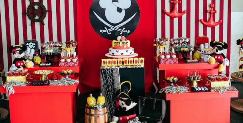 Пиратская вечеринка с Микки Маусом