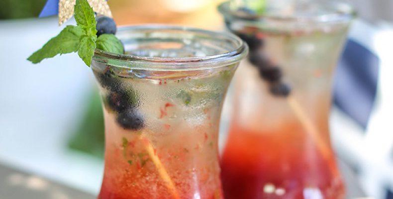 Летний коктейль: ягодный мохито