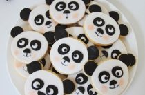 Универсальный Candy Bar: панда