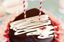 Торт + мороженное = любовь